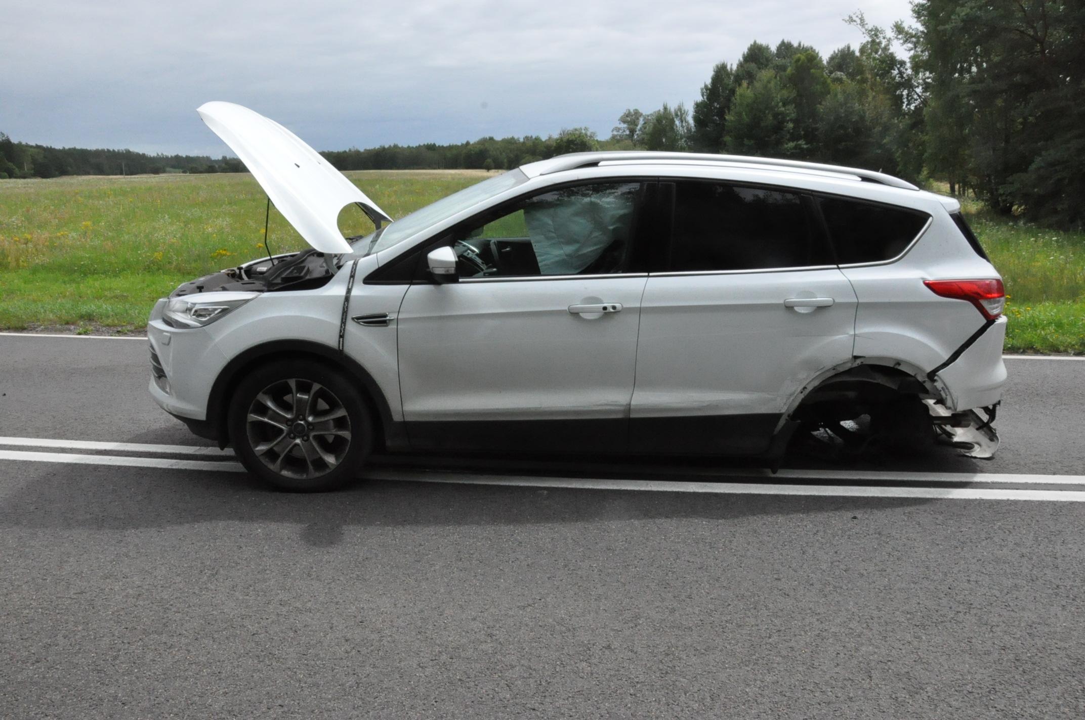 Ford Kuga biorący udział w wypadku